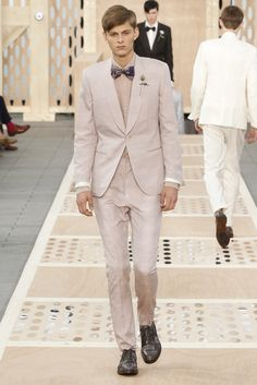 Look 37 from the Louis Vuitton Men's Spring/Summer 2014 Fashion Show. ©Louis Vuitton / Ludwig Bonnet