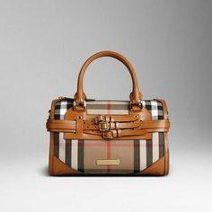 5881f6cbda7 12 Best Gucci Shoulder bags images