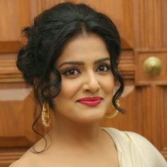Vishakha Singh Biography, Age, Height, Weight, Family, Wiki & More