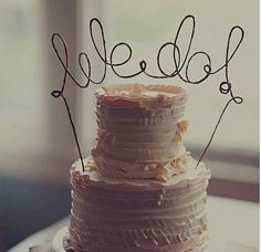 Make your own cake topper with just wire ! | 11 Ways To Make Your Wedding More Beautiful On A Budget