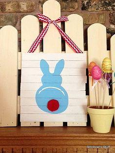 Easter wood shim pallet decoration