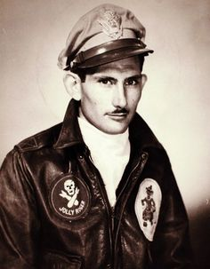 The Jolly Rogers - 90th Bomb Group - Capt Milton Porter 319th
