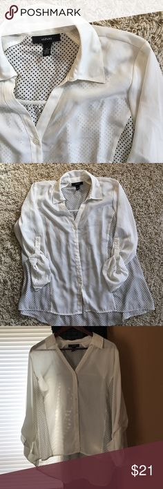 Alfani Hi-Lo Polka Dot Button Up Size 14. Worn once. Alfani long sleeve Hi Lo off white & Navy polka dot Tunic. 100% Polyester. No stains, tears, or snags.☺️ Alfani Tops Button Down Shirts
