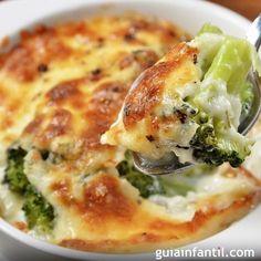 Brócoli gratinado con salsa bechamel. Receta para niños