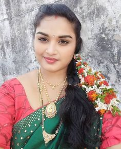 Cute Beauty, Beauty Full Girl, Real Beauty, Beauty Women, Beautiful Girl In India, Very Beautiful Woman, Beautiful Asian Girls, Beautiful Housewife, Angels Beauty
