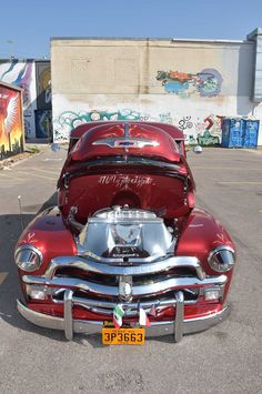 Vintage Trucks Some families pass down jewelry, photos, or furniture as family heirlooms but the Garcia family, they pass down cars. Chevy Pickup Trucks, Old Pickup, Classic Chevy Trucks, Chevy Stepside, Chevy Pickups, Antique Trucks, Vintage Trucks, Hot Rod Trucks, Old Trucks