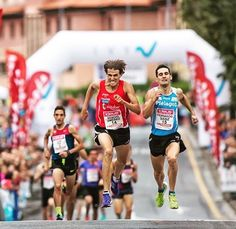 """""""When you want to succeed as bad as you want to breathe then you'll be successful """". - Erik Thomas .  Road race in Berango International Mile in Spain . Happy  Tuesday . . . Follow us use hashtag #wonderfulrunning and join the movement . . . . . @fotorunners.es via @runtheory"""