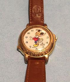 V421 0020 Lorus Quartz Mickey Mouse Watch | eBay