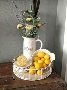 Citrus fruit, Especially Lemons, are so crisp and clean and colorful to decorate your kitchen. jeffandstephs on etsy makes Lemon window decor to match! kitchen decor Country Farmhouse Decorating with Lemons Spring Home Decor, Diy Home Decor, Spring Kitchen Decor, Spring Decorations, Kitchen Decorating, Lemon Kitchen Decor, Kitchen Ideas, Rustic Kitchen, Country Kitchen