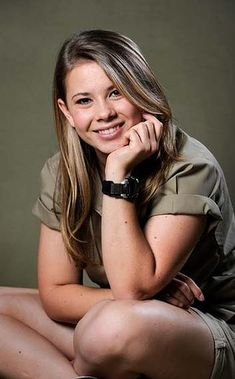 Bindi Irwin is so wonderful!! Trying to make a change in the world and she isn't even an adult yet.