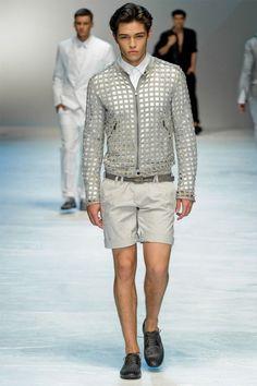 Francisco Lachowski for Dolce & Gabbana S/S 2012 Fishnet Outfit, Brazilian Male Model, Spring Shorts, Francisco Lachowski, Short Models, Mens Trends, Fashion Seasons, Gq, Spring Summer Fashion