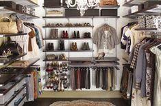 <3 walk-in closet