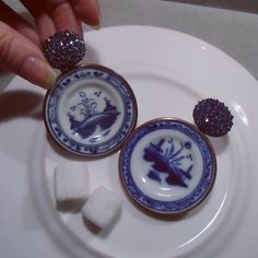 """""""#Hemmerle never cease to amaze! @hemmerle  Who would have thought that antique porcelain doll house plates by 'Caughley' - a company in Shropshire that…"""""""