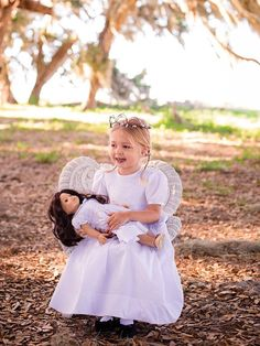 Hand Smocked All White Girls Dress Special Occasion Clothing White Silk Dress, Girls White Dress, White Girls, First Communion Dresses, Baptism Dress, Christening Gowns, Smocked Dresses, Special Occasion Outfits, Beautiful Lines
