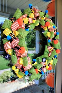 How to make a wreath out of ribbon #DIY #Halloween