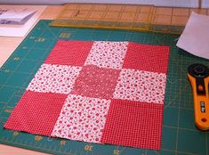 Friederike: die einfachere Methode Picnic Blanket, Outdoor Blanket, Diy And Crafts, Rugs, Home Decor, Jeans, Crochet Toys Patterns, Patchwork Cushion, Mantas Crochet