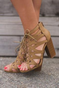 Island Oasis Lace Up Cut Out Sandals (Khaki)