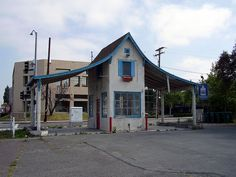 Gas station at 305 S. Main St. Orange, CA, built in 1927