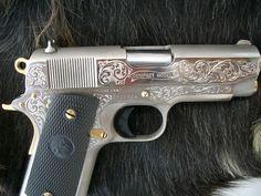 Pretty Colt 1911 Compact