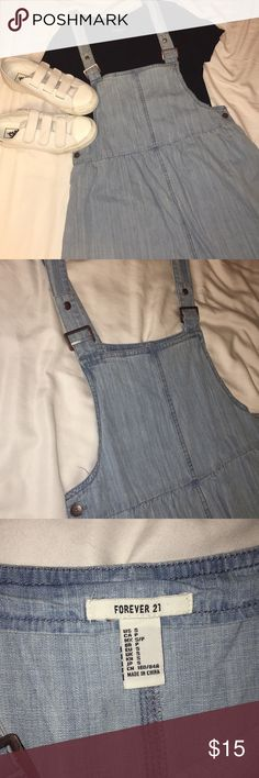 **Overall Dress** •worn once for my senior photos •light blue wash  •adjustable straps  •flowy bottom part •comfortable to wear •would wear over a T-shirt or sweater   Kept in a smoke grew & pet free home Forever 21 Dresses Mini