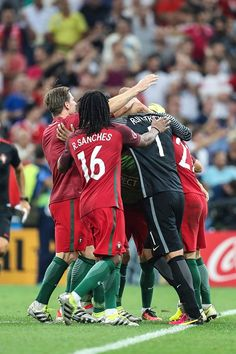 Players of Portugal celebrate after winning a penalty shootout during a quarter final match between Poland and Portugal as part of UEFA Euro 2016 at. by pearl Football Match, Football Soccer, Football Players, Soccer World, World Football, Barcelona Training, Real Madrid And Barcelona, Psg, Portugal Soccer