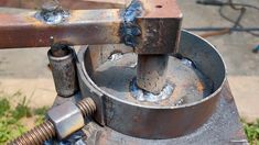 Welding Tools, Welding Projects, Diy Tools, How To Make Metal, Metal Bender, Grill Design, Bar, Metal Ring, Bending