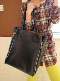 Black Messenger Satchels Bag $44.00 Satchel Bag, Tote Bag, More Cute, Satchels, Madewell, Messenger Bag, Shoulder Bag, Fashion Outfits, Bags