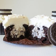Learn how to make OREO cookies with a tasty cream filling. This recipe can be used to make a cake or cupcakes.
