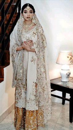 Punjabi Designer Boutique, Designer Punjabi Suits, Girls Fashion Clothes, Girl Fashion, Fashion Outfits, Princess Style, Princess Fashion, Stylish Suit, Designer Party Wear Dresses