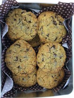 Dawnwriter's Blog: Sara's Chocolate Chip Cookies