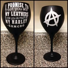 Do you love Sons of Anarchy?  Enter to win this one of a kind giveaway for a handmade Sons of Anarchy inspired wine glass! #finalride #SOA