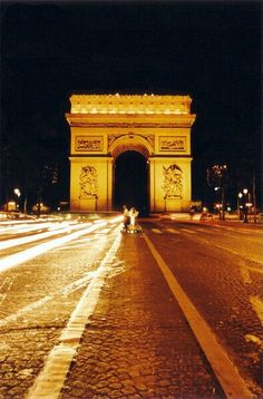 Arc De Triomphe - don't forget the underground tunnel to it with museum (?) at top