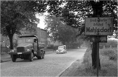 Ortseingang von Berlin-Mahlsdorf / 50er Jahre Foto von ddr-fotos.de