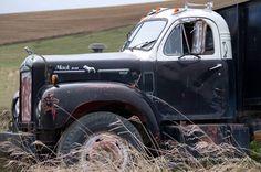 Vintage Mack Truck – Resting in the Palouse Old Mack Trucks, Big Rig Trucks, Cool Trucks, Farm Trucks, Dump Trucks, Diesel Trucks, Classic Trucks, Vans Classic, Bike Storage In Van