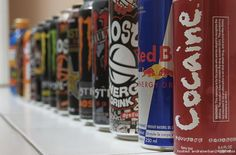 Are There Risks to Energy Drinks? Red Bull and Rockstar brand energy drinks are… Are There Risks to Energy Drinks? Red Bull and Rockstar brand energy drinks are put to the test. Pre Workout Energy Drink, Norway Food, Tanzania Food, Natural Energy Drinks, Foods To Avoid, Diet Pills, Mixed Drinks, Red Bull, Beats