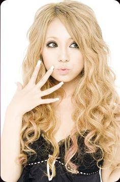 Ageha model Rina Sakurai via Blogspot