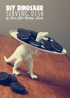 A T-rex serving platter? How's that for dino-mighty cute?!