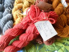 Natural Colors, Yarns, Burlap, Fiber, Stuffed Mushrooms, Reusable Tote Bags, Diy, Hessian Fabric, Bricolage