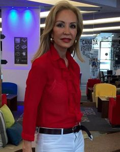 "CARMEN LOMANA ""DELAPAZ"" COLLECTION #red #shirt #woman #style #glamour http://www.lapipadelapaz.es"