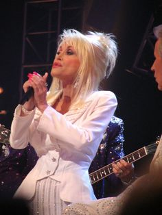 Dolly Parton @ the Grand Ole Opry with Porter Wagoner