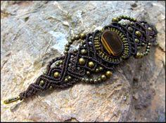 Eye of Tiger macrame bracelet