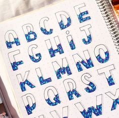 Hand Lettering Styles, Hand Lettering Alphabet, Hand Lettering Tutorial, Doodle Lettering, Creative Lettering, Bullet Journal Lettering Ideas, Bullet Journal Writing, Bullet Journal Ideas Pages, Bullet Journal Inspiration