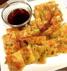 お豆腐とじゃがいもで♪ネギたっぷりなもちもちチヂミ♡ と 台風なのに。 Tofu Recipes, Asian Recipes, Snack Recipes, Cooking Recipes, Healthy Recipes, Ethnic Recipes, Japanese Dishes, Japanese Food, Healthy Dishes