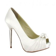 Zapatos de Novia Peep Toe modelo Carla de Menbur ➡️ #LosZapatosdetuBoda #Boda