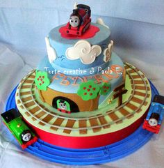 Thomas the Tank engine cake (Torta trenino Thomas)  Cake by TortecreativePaolaE