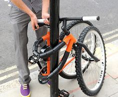 Bendy Bicycle..I need to learn how to ride one!