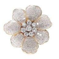 """Flower"" Brooch - Harry Winston dress #celebstylewed #wedding #bridal #nuptials #matrimony"
