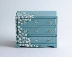 shabby chic dollhouse chest of drawers--what a good idea to have a sprinkling of flowers!!!
