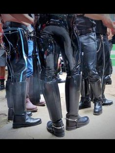 Men in Leather,Rubber, Mud & Tall Leather Boots, Tall Boots, Leather Pants, Black Leather, Latex Men, Gay, Leather Fashion, Black Men, How To Wear