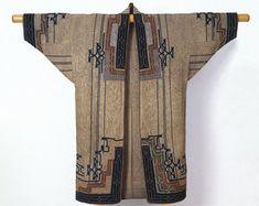 Unknown Ainu Artist, Woman's robe, late century (Late Edo-Meiji period), elm bark fiber cloth (attush) with appliqué and emb. Kimono Fashion, Fashion Art, Vintage Fashion, Fashion Design, Fashion Tips, Moda Kimono, Ainu People, Style Africain, Kimono Design